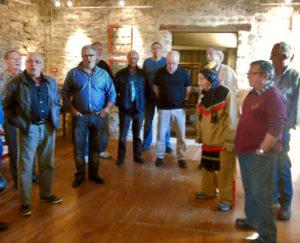 Un Indien au musée et des chanteurs basques